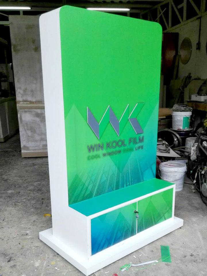 Kiosk--&-Product-display2